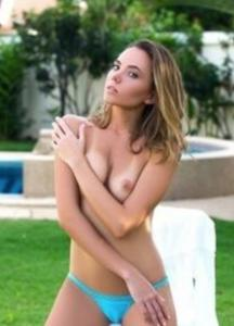 Rikki Six – Рики Сикс – упругая попочка у блондинки порно звезда